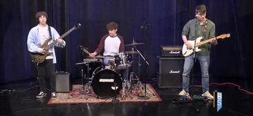 LCSD Student Band 'Decent' Performs on Bridge Street!